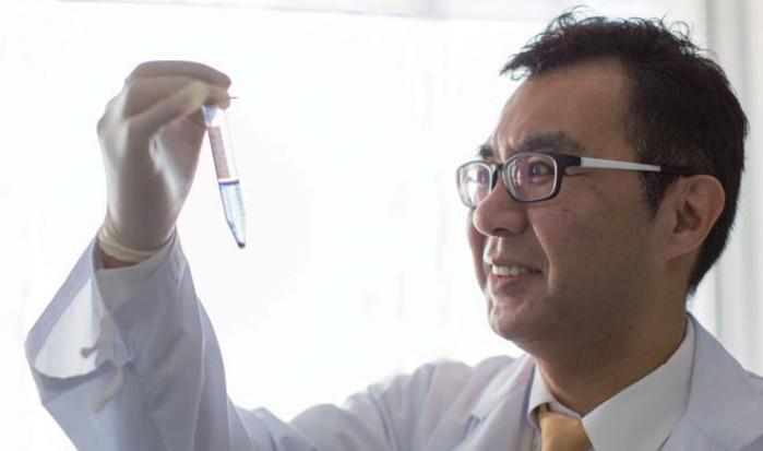 成田教授の写真